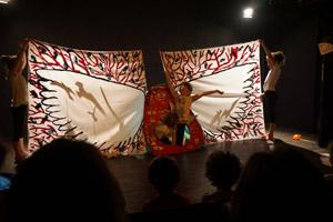 spectacle théâtre adolescents scénographie