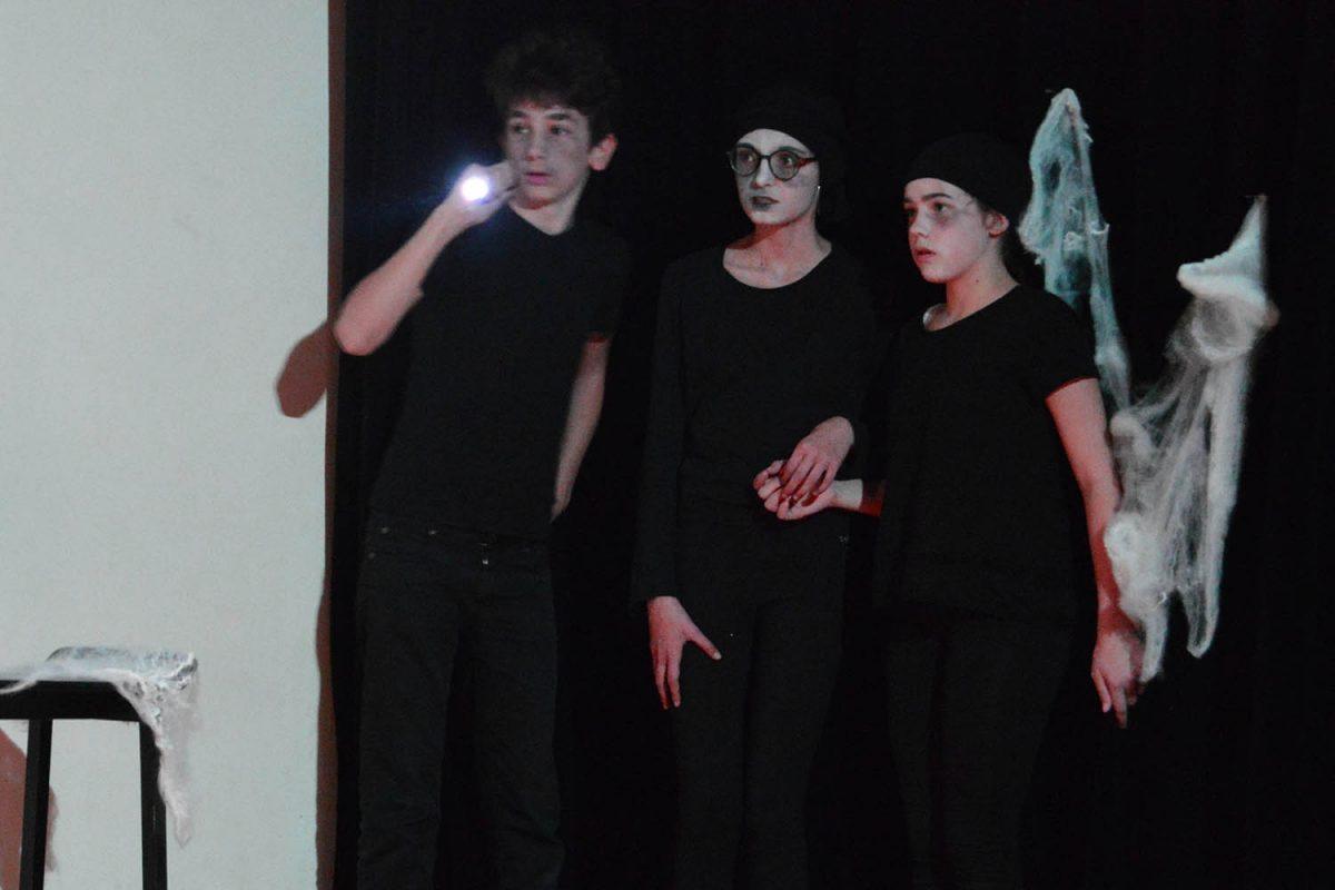 atelier théâtre scénographie adolescents